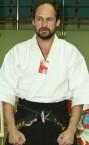 Частное объявление тренера по карате (Александр Борисович) - номер телефона на сайте.