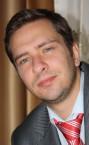 Хороший репетитор португальского языка (Олег Олегович) - номер телефона на сайте.