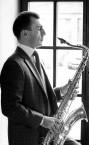 Сильный репетитор по игре на блок-флейте - преподаватель Артур Лаэртович.