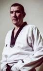 Сильный тренер по тхэквондо (Дмитрий Владимирович) - недорого для всех категорий учеников.