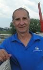 Хороший тренер плавания (Игорь Николаевич) - номер телефона на сайте.