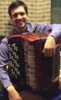 Хороший репетитор игры на баяне, аккордеоне (Сергей Романович) - номер телефона на сайте.
